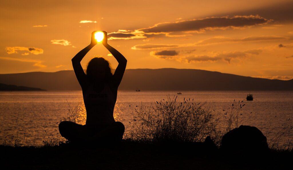 sun, holding, sunset